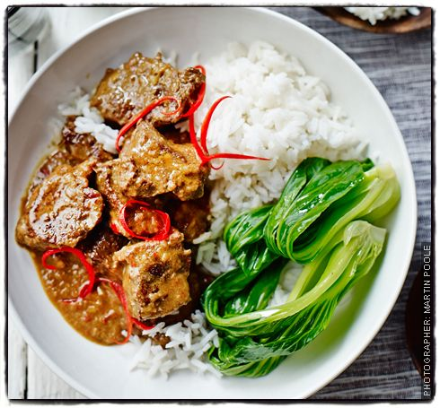 Weekend Curry Bill Granger S Beef Rendang Beef Recipes Curry