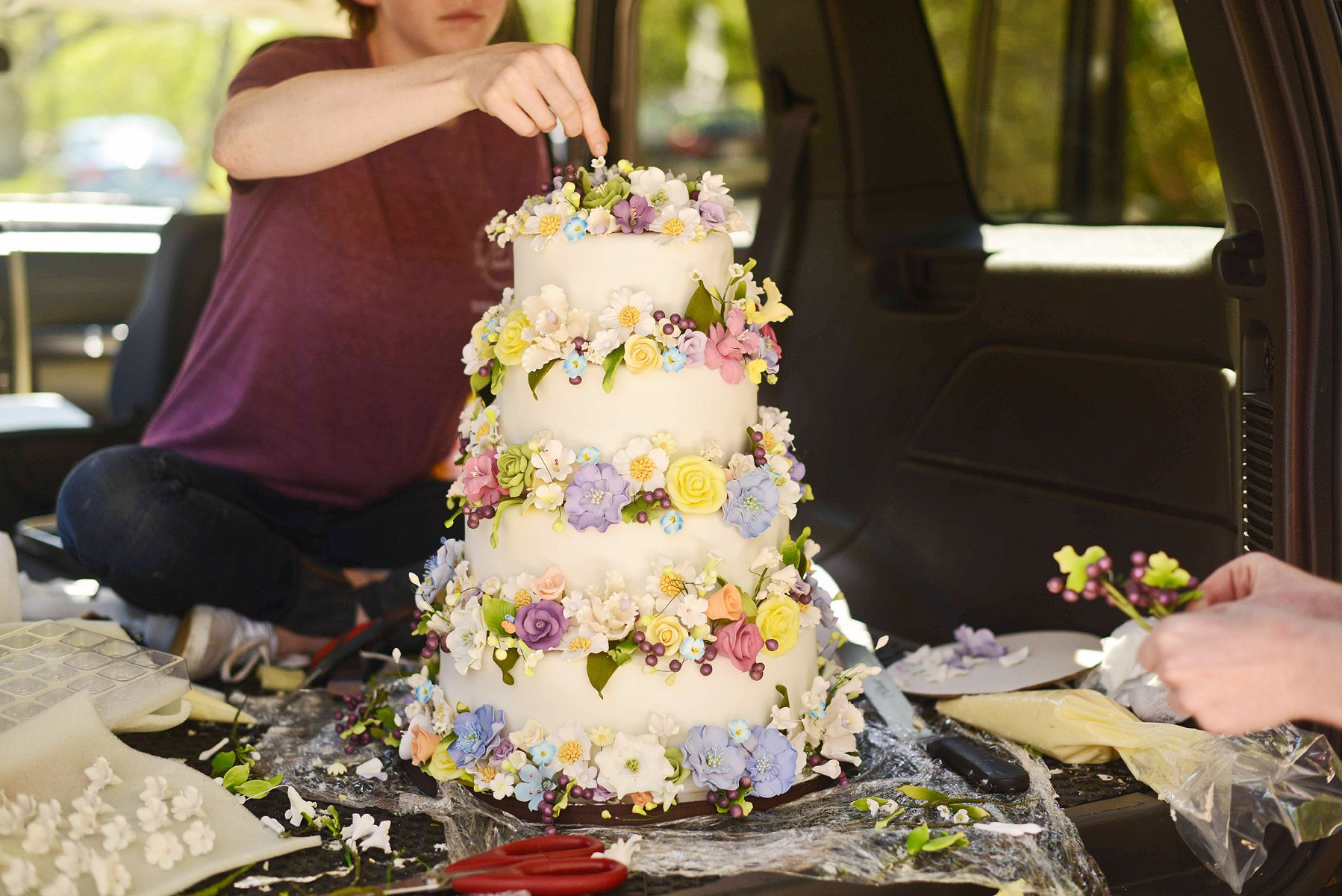 The wedding cake included one vegan tier for the groom weddingz