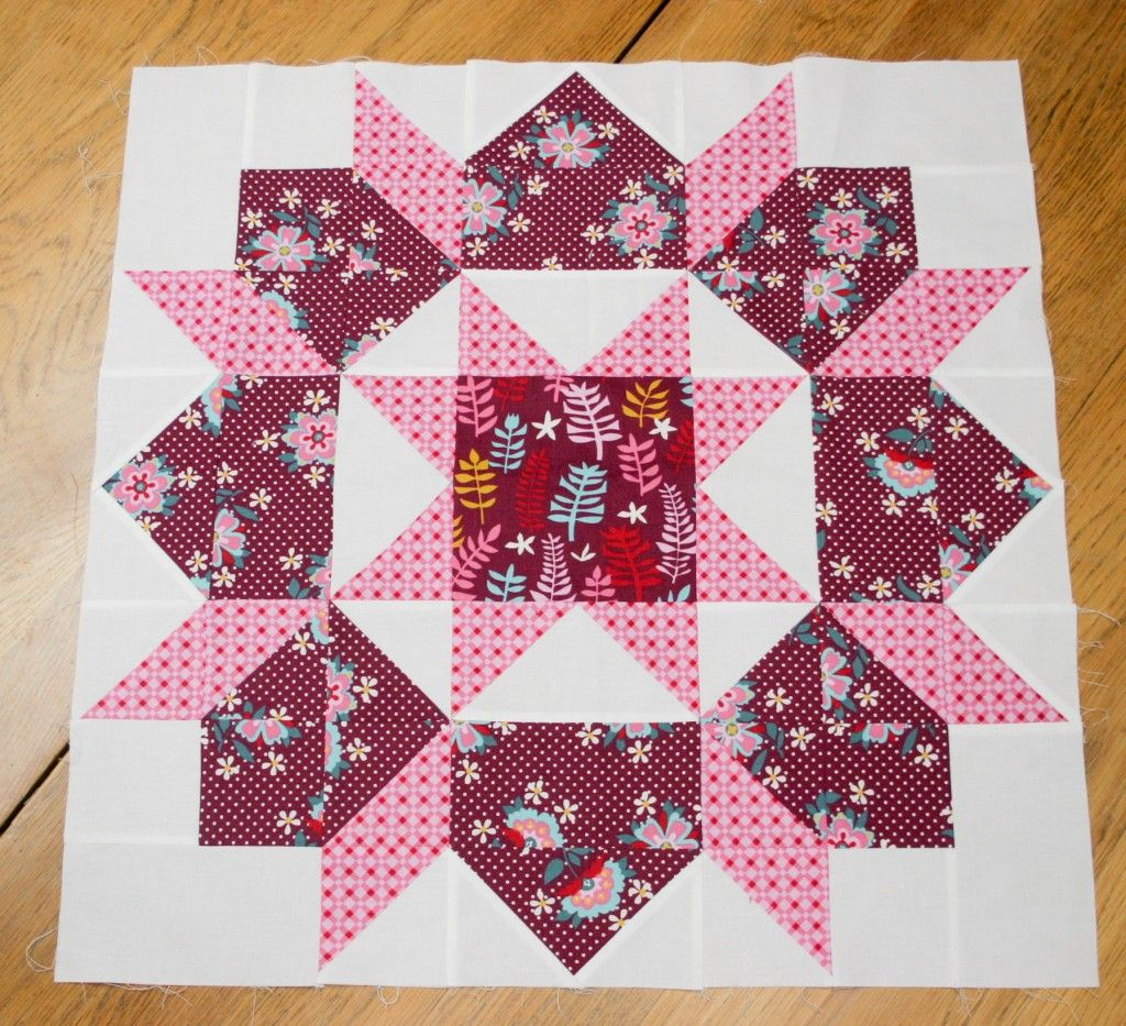 swoon quilt block using domestic bliss by liz scott blocs et modeles blocks and patterns. Black Bedroom Furniture Sets. Home Design Ideas