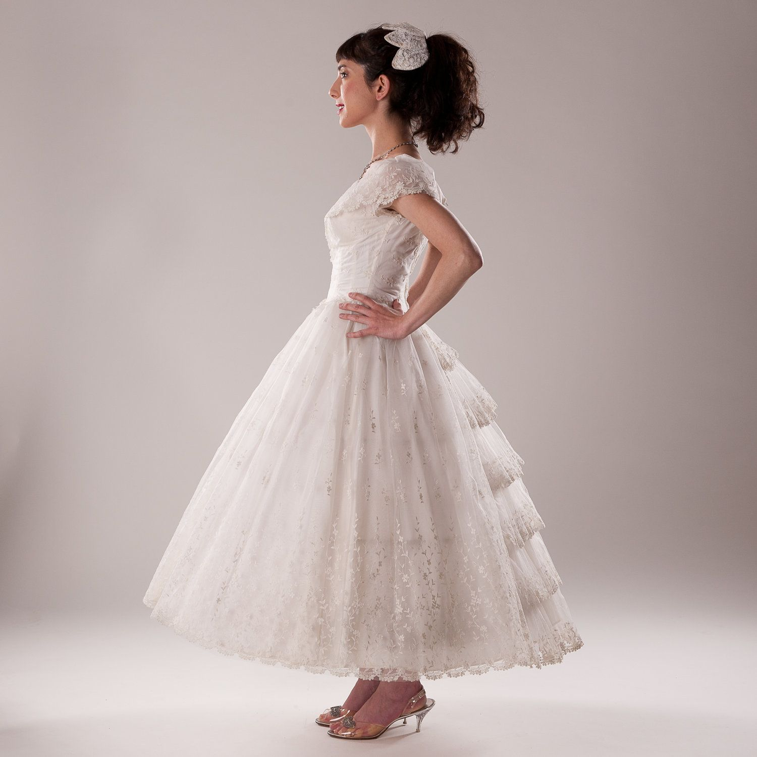 Pretty side view. Vintage 1950s Tulle Wedding Dress Gown Corset Hoop ...