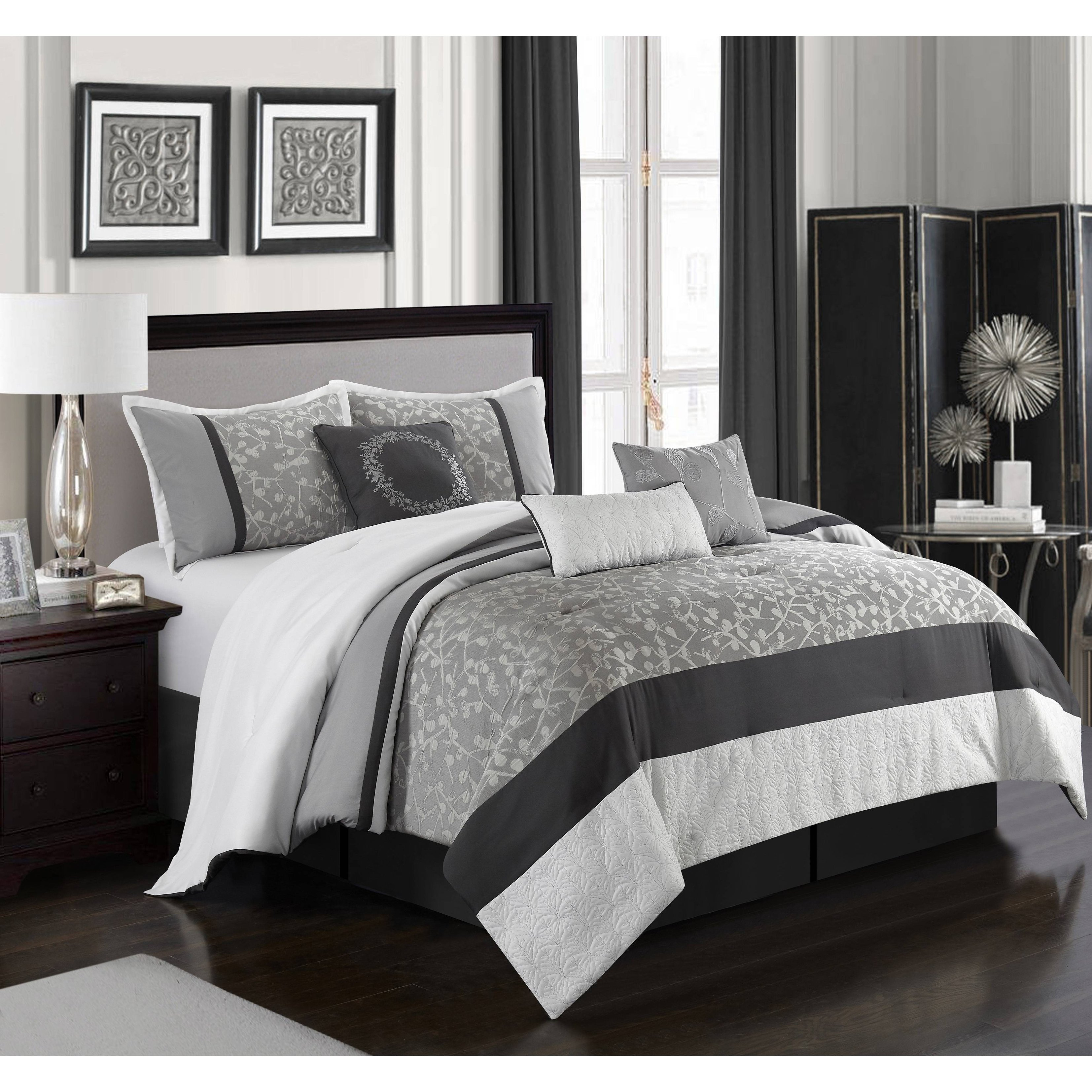 New Queen Size Comforter Set 8 Piece Red Wine And White Bedding