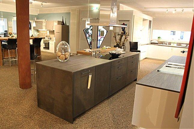 Leicht-Musterküche Exklusive offene, schwebende Ausstellungsküche - küche fliesen ideen