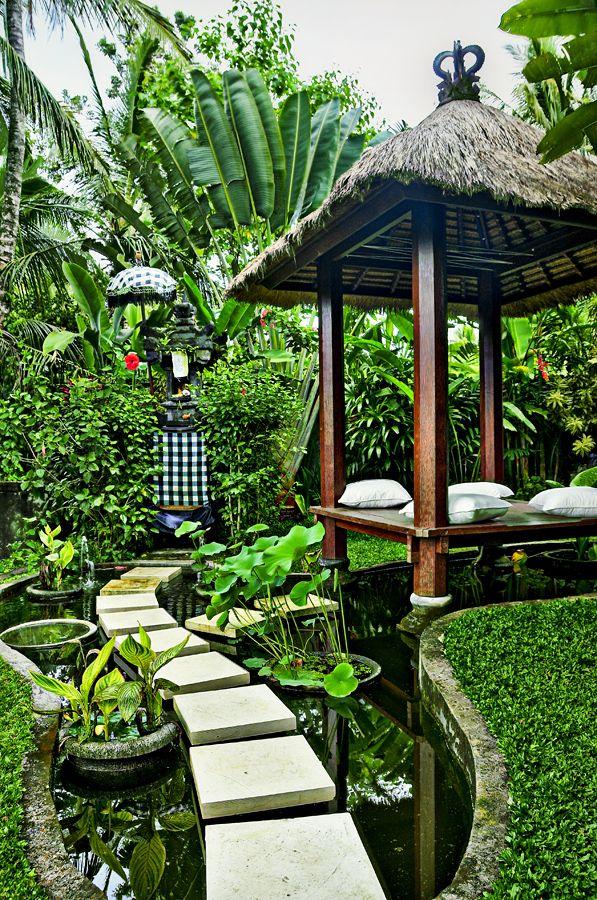 Balinese Garden Buscar Con Google Bali Garden Balinese Garden