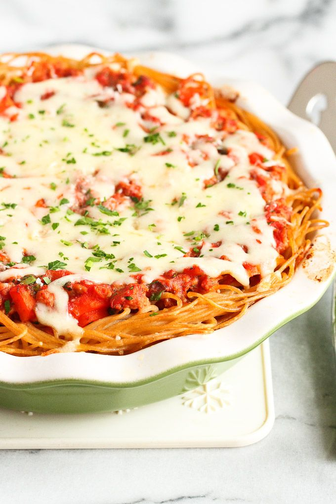 Lightened-Up Spaghetti Pie…Turn a regular spaghetti meal into something special! 283 calories and 7 Weight Watchers SmartPoints