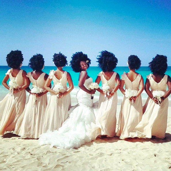 When This Bride And Her Bridesmaids Flaunted Their Natural Hair