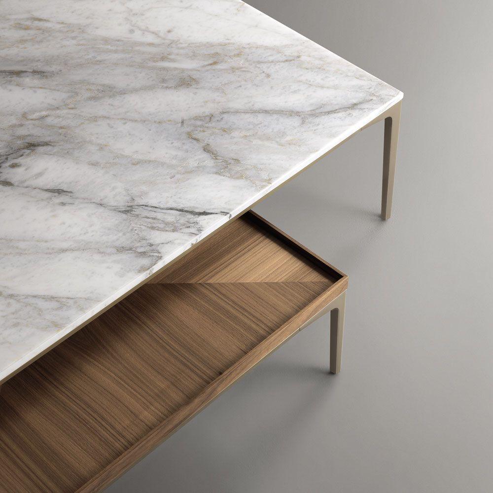 L 39 accostamento tra prezioso marmo e raffinato legno rende for Mobili di design d occasione