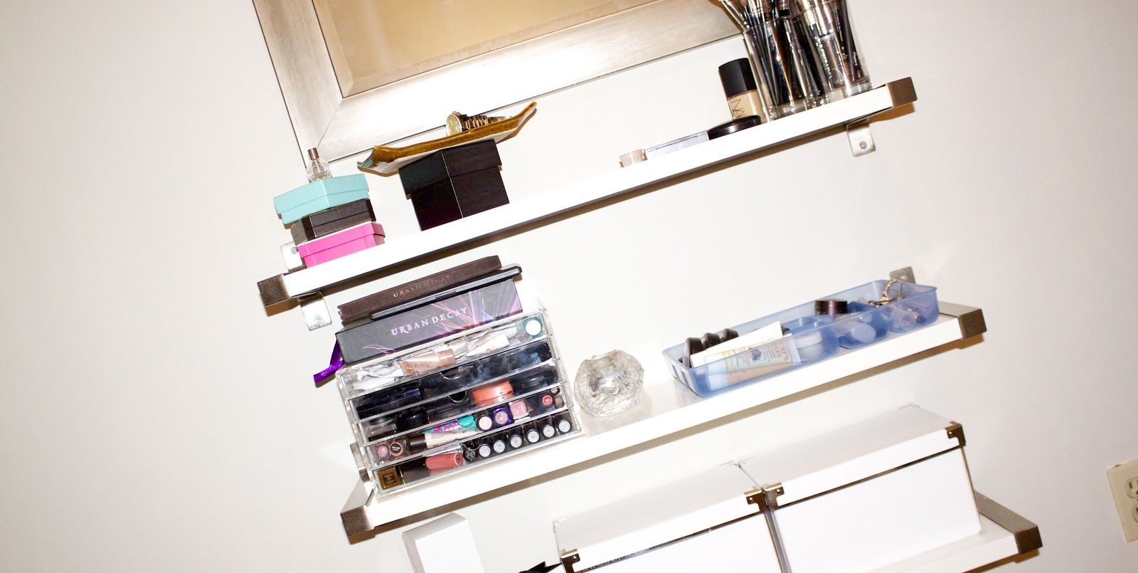 makeup vanity shelf ideas Beauty storage, Storage, Ikea ekby