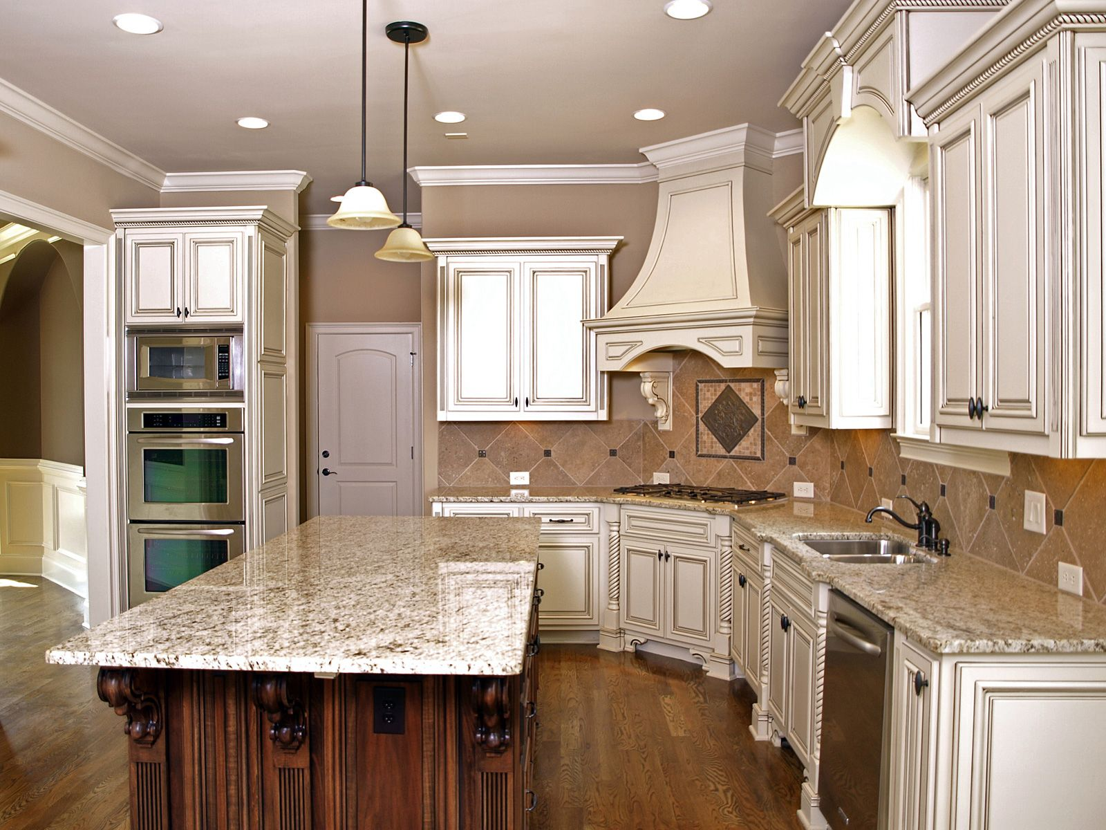 Picture of White Kitchen Cabinets with Granite Countertops ...