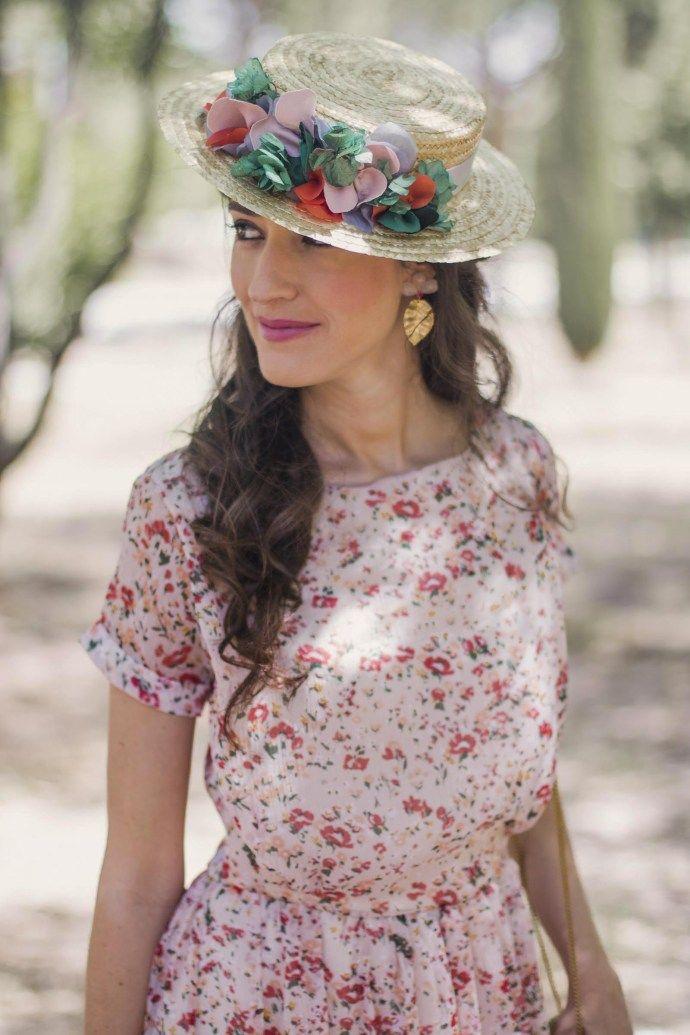 Invitada perfecta boda look vestido largo flores canotier ... 756647671a9