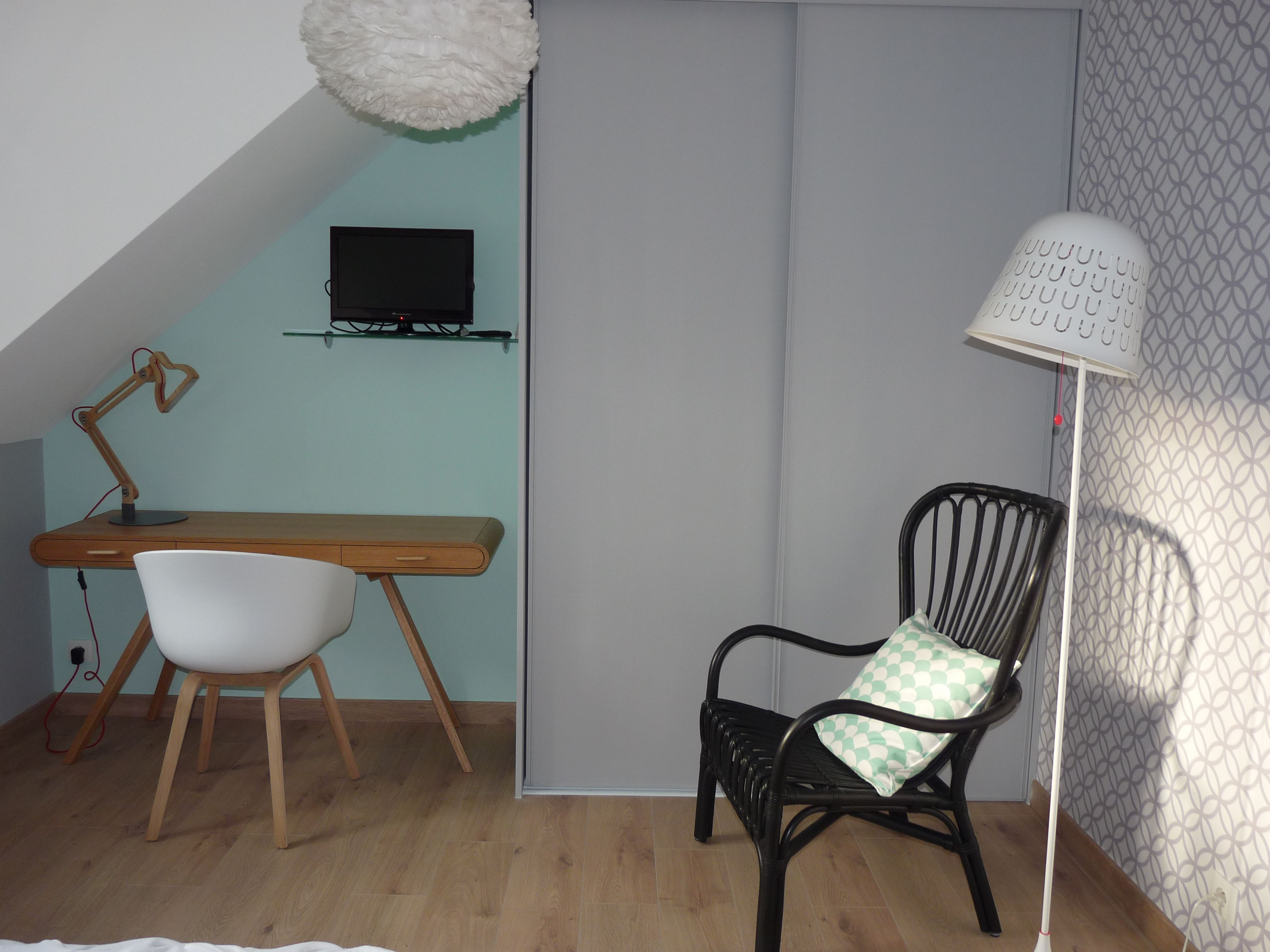 coin bureau et lecture cr s dans une chambre d 39 ami r alisations kiosque deco lydie pineau. Black Bedroom Furniture Sets. Home Design Ideas