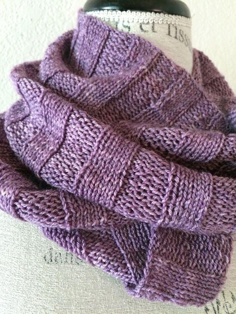 Crabapple Cowl Free Knitting Pattern | Bufandas infinito y Infinito