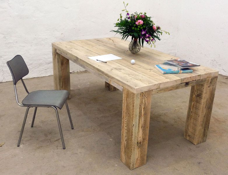 massiver esstisch aus aufgearbeiteten bauholz unique wooden upcycling table by up cycle via. Black Bedroom Furniture Sets. Home Design Ideas