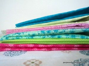 beeswax fabric tutorial~ in place of saran wrap or to make snack bags