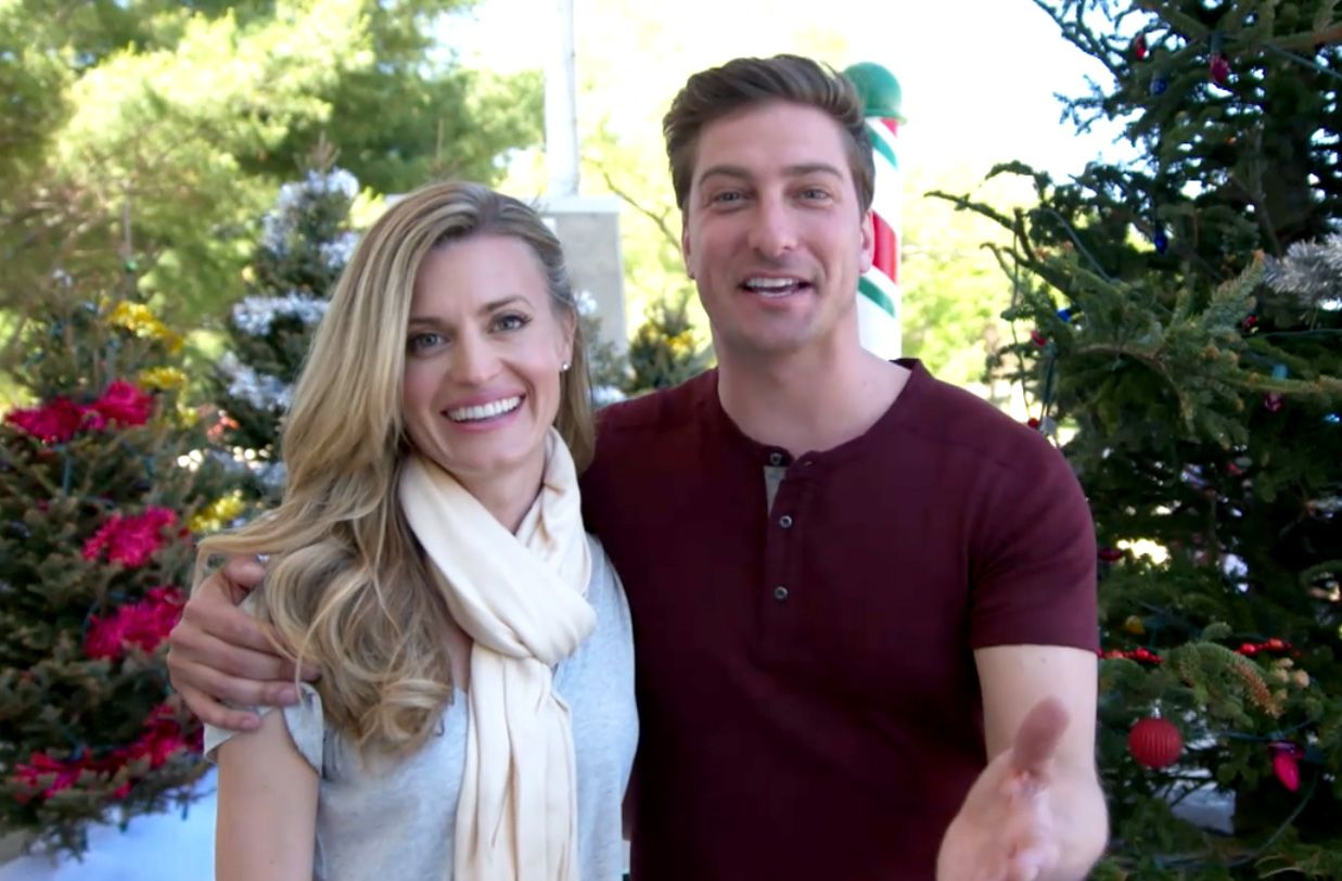 """Go behind the scenes of """"Christmas in Love"""" starring"""