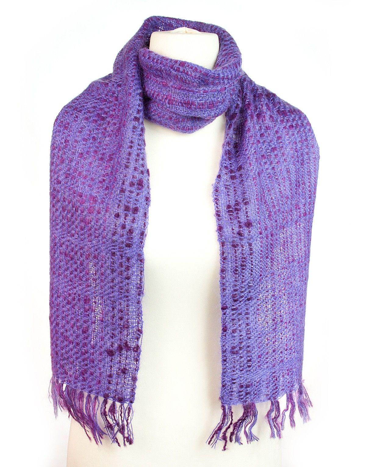 Écharpe violette en mohair de chevreau   Écharpes, Violettes et ... da3e142ed64