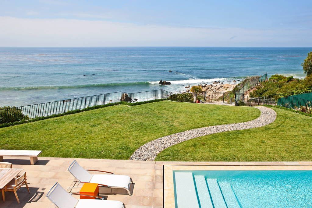 Gated Estate on Beach Houses for Rent in Malibu Beach