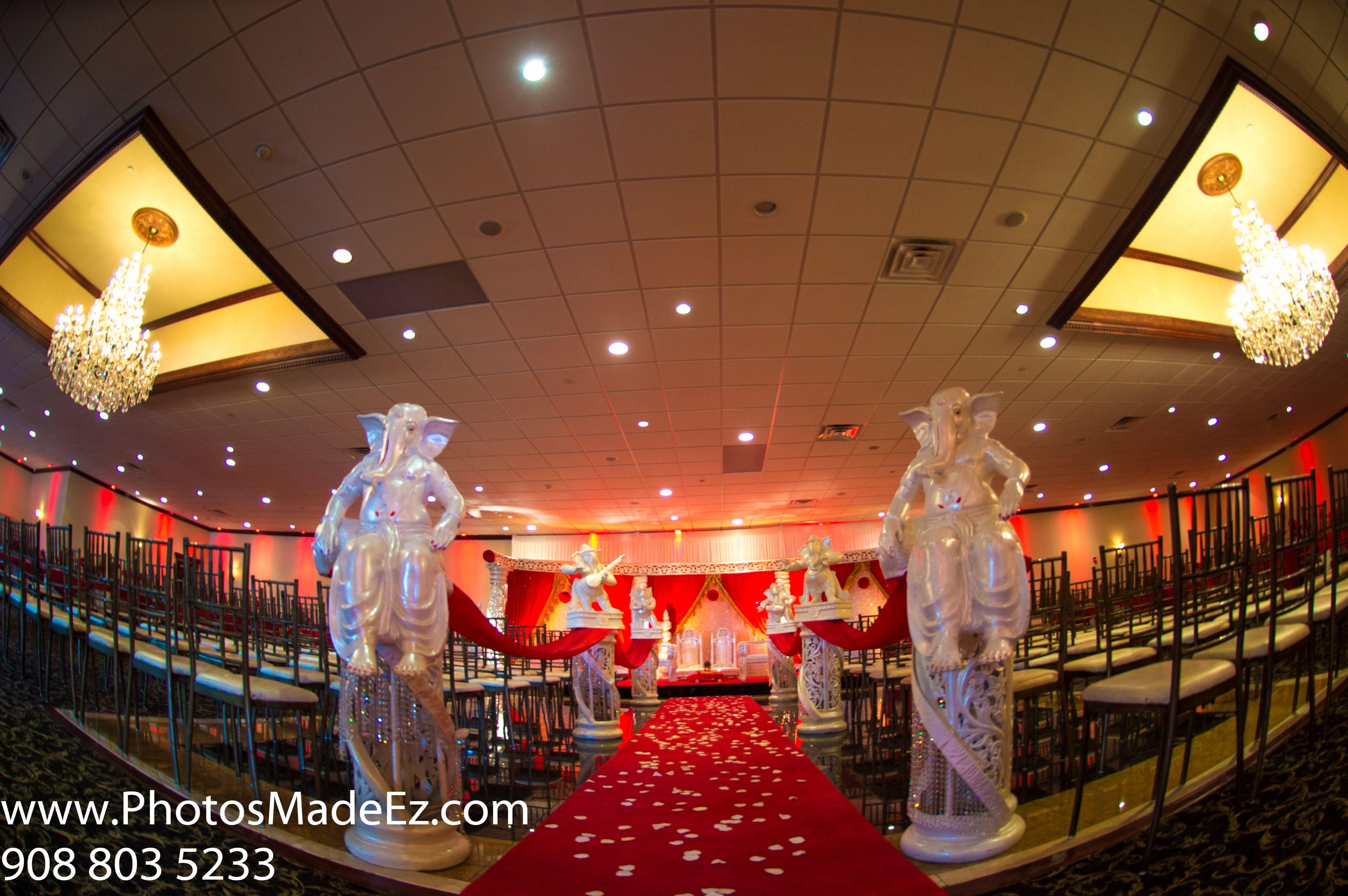Mandap for Ceremony in Gujarati Bride in Gujarati Wedding in NJ ...