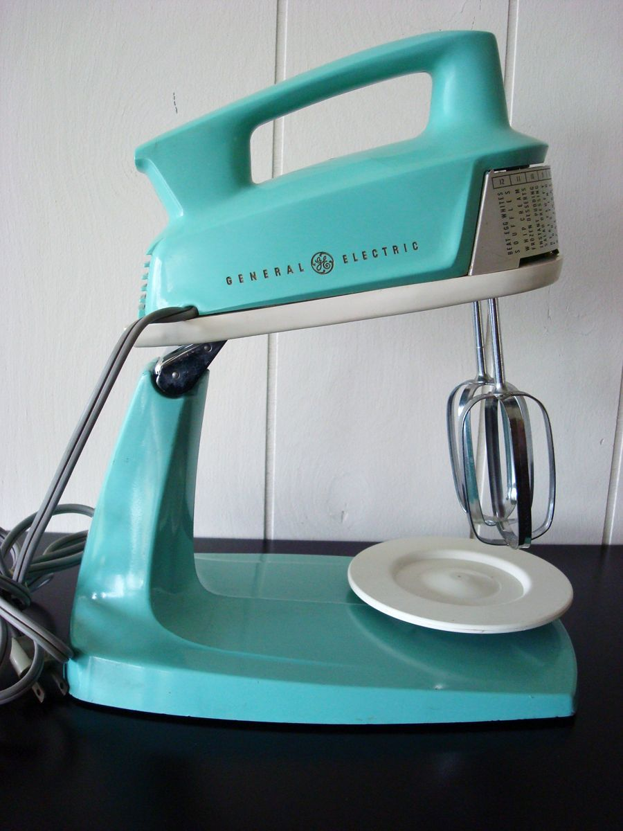 Vintage 1960s Aqua General Electric Ge Stand Mixer With Beaters On Popscreen Vintage Pantry Vintage Appliances 1960s Decor
