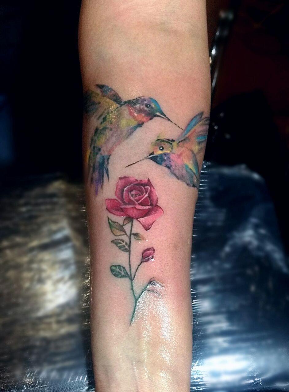 De colibri en la espalda significado tatuaje colibri tatuaje tattoo - Tatuaje Colibr S Acuarela Rosa