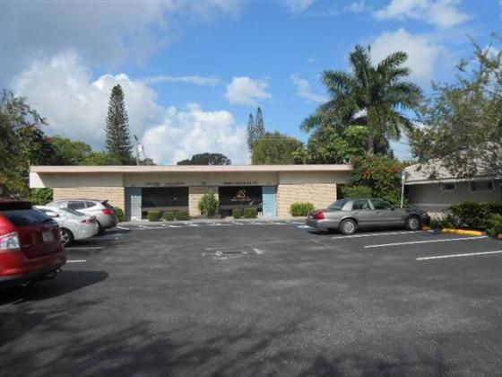 BANK OWNED Zoned OPI just off US 41 on the island of Venice. Free stand building is located just south of Hospital on the Island 1100 sq. ft. of leasable space . Total updatedconsist of receptionist area 2 baths large kitchen all tile floors and 5 patient rooms