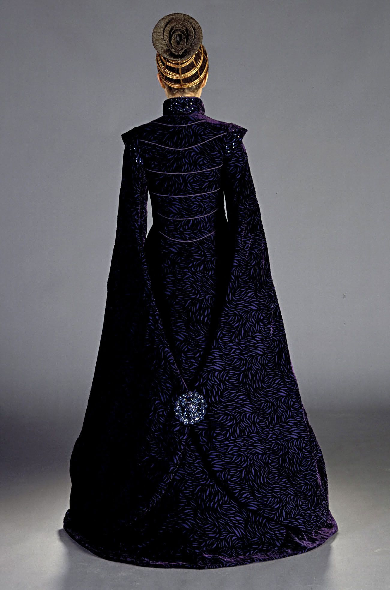 Senator Padme Amidala, 'StarWars Episode II: Attack of the Clones'. 'Loyalist Comittee' costume back view, designed by Trisha Biggar.