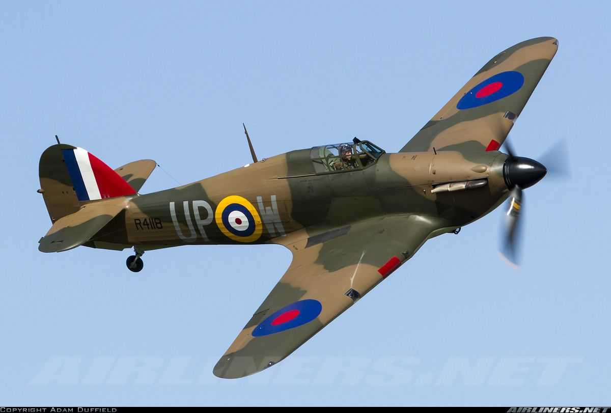 Wonderful Display By This Mk1 At Abingdon Air And Country Show 2013 Photo Taken At Abingdon Abb Hawker Hurricane Hurricane Fighter Fighter Aircraft Design