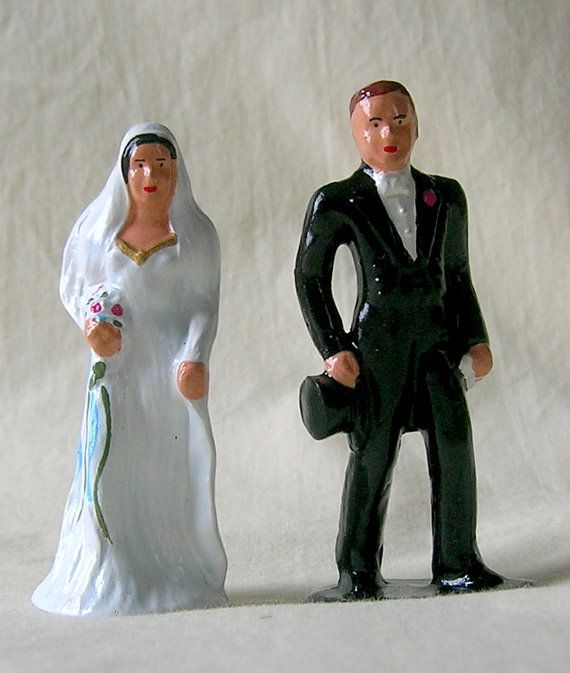 Traditional Bride & Groom 3 wedding cake topper/gift by LeddySlack