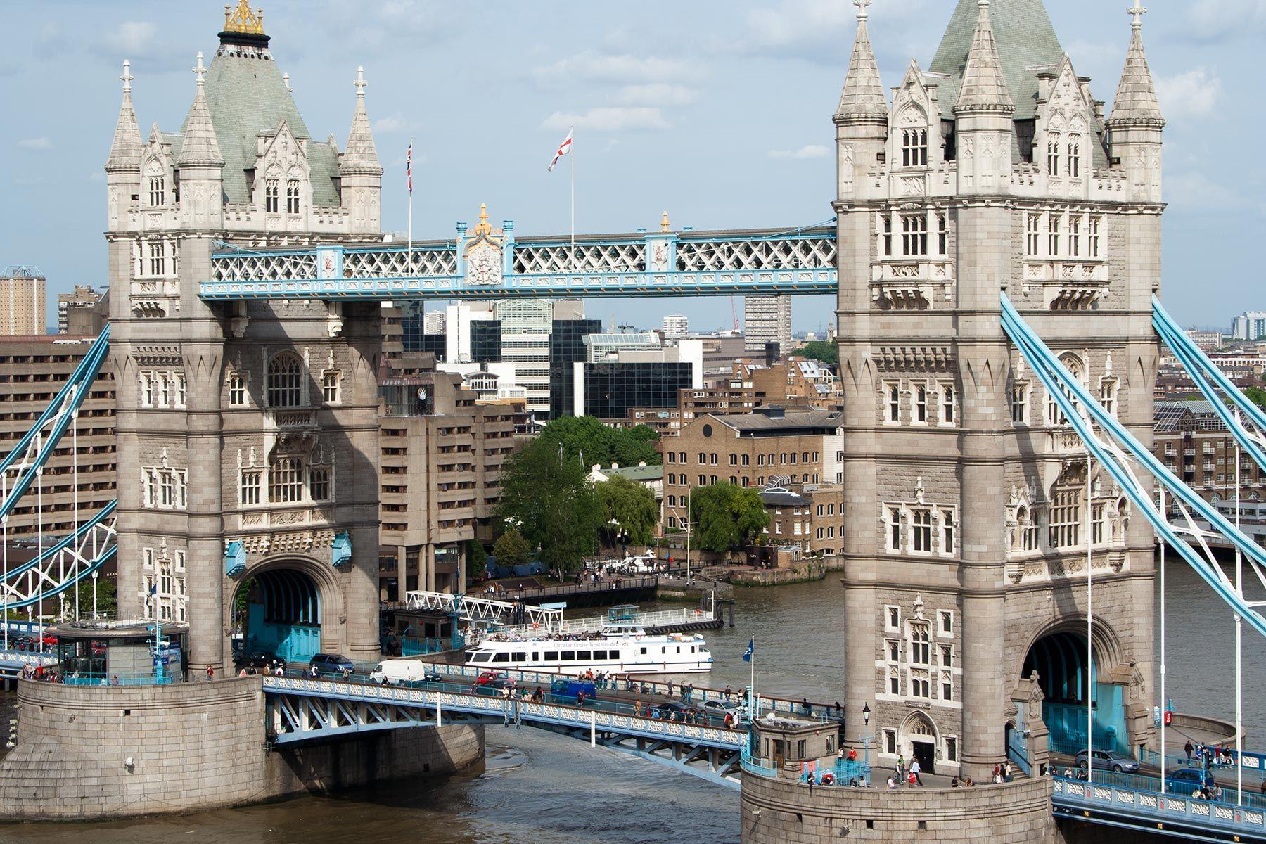 Tower Bridge on Lontoon komein silta © tripsteri.fi / Milla Kontkanen