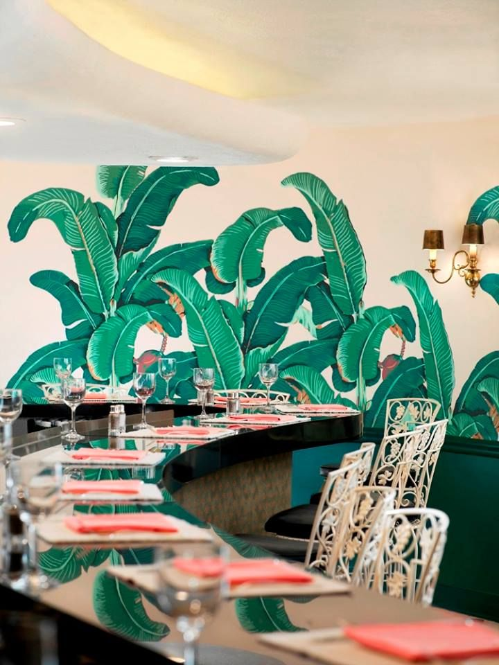 Tropical Modern Décor at The Beverly Hills Hotel Beverly