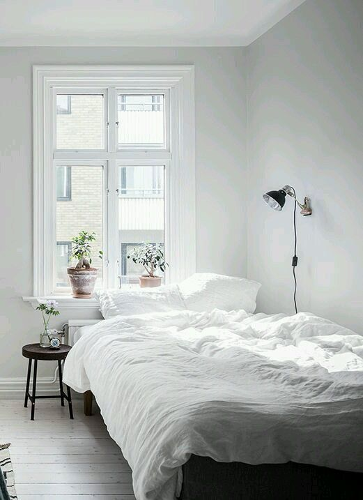 Free Virtual Room Layout Planner: Small Apartment Bedrooms