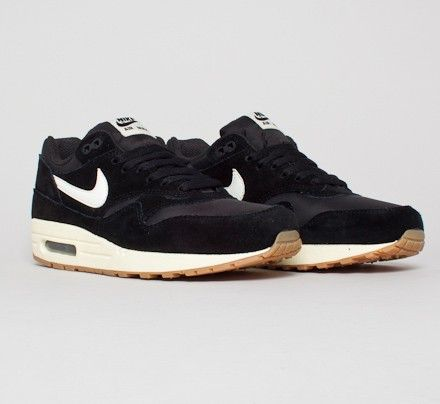 sports shoes b0ce9 c6be6 Nike Air Max 1 Essential (Black Sail-Black-Gum Light Brown)