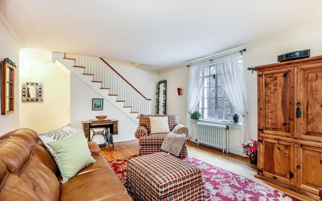 Captivating Two Bedroom Apartment Exudes Warmth And Charm White Plains Living Spaces Two Bedroom Apartments