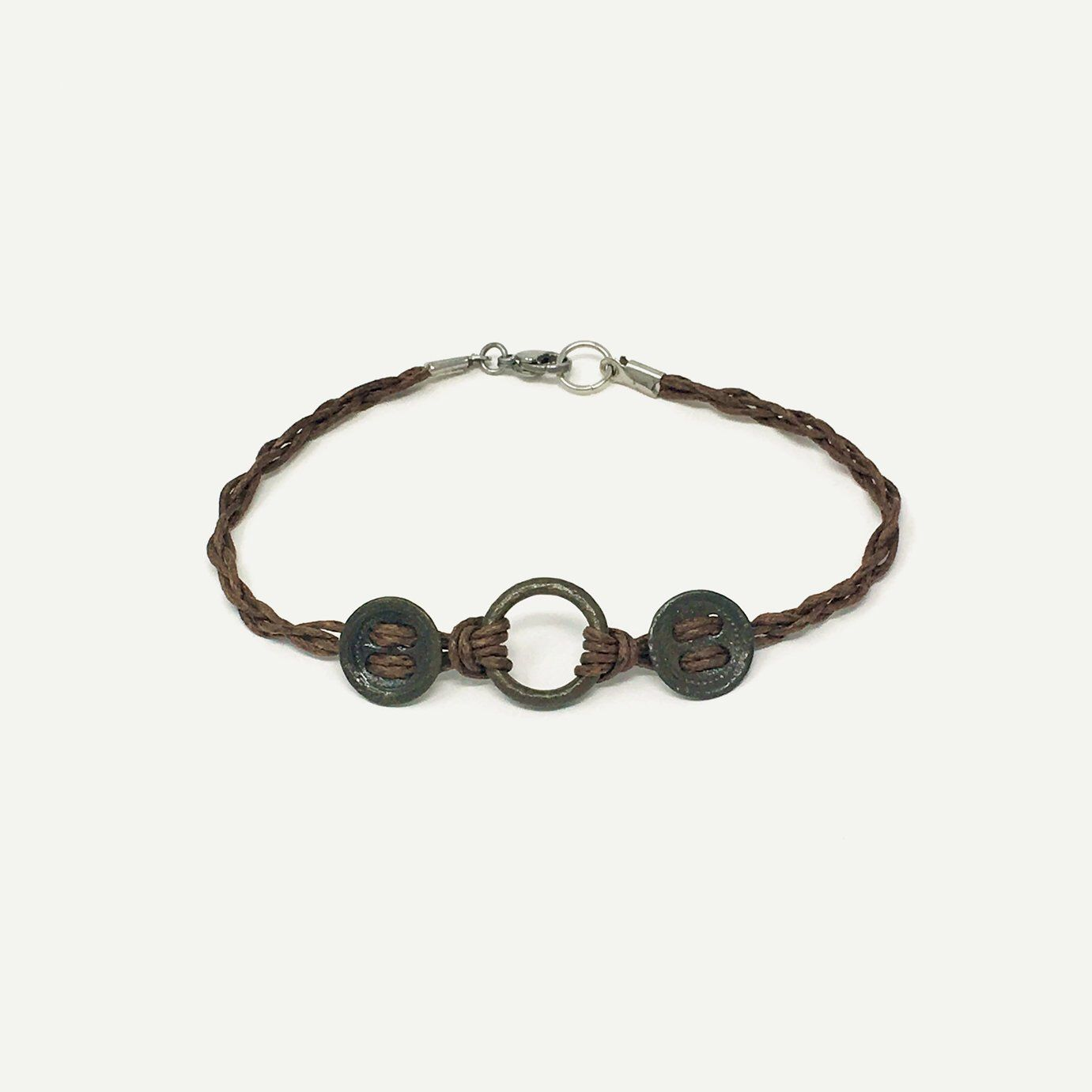 Me Val Harness Ring Bracelet With Antique Clothing