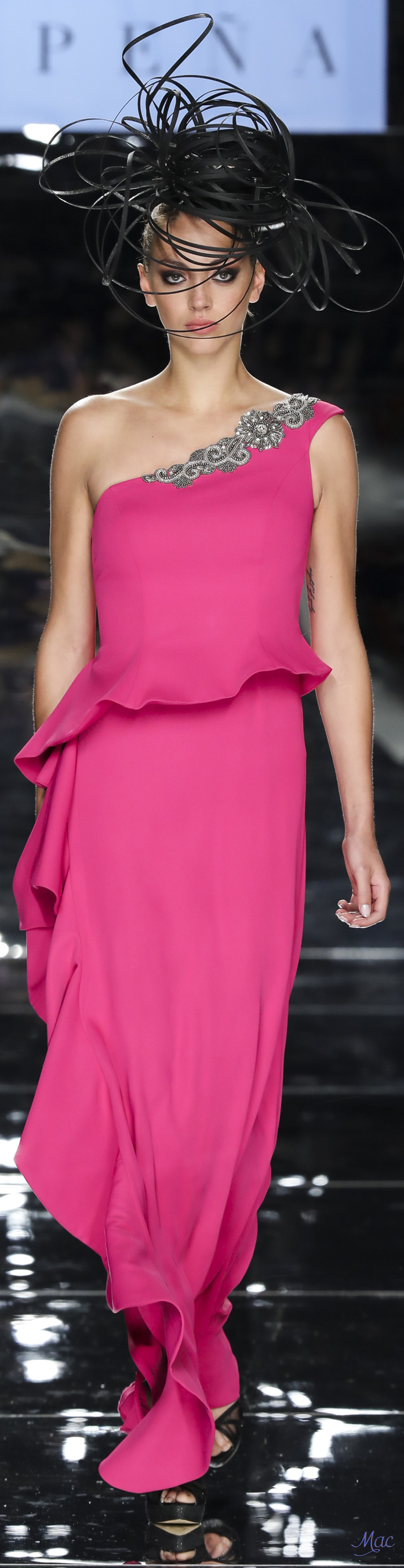 Spring 2018 Sonia Pena   Paching   Pinterest   Vestido elegante ...