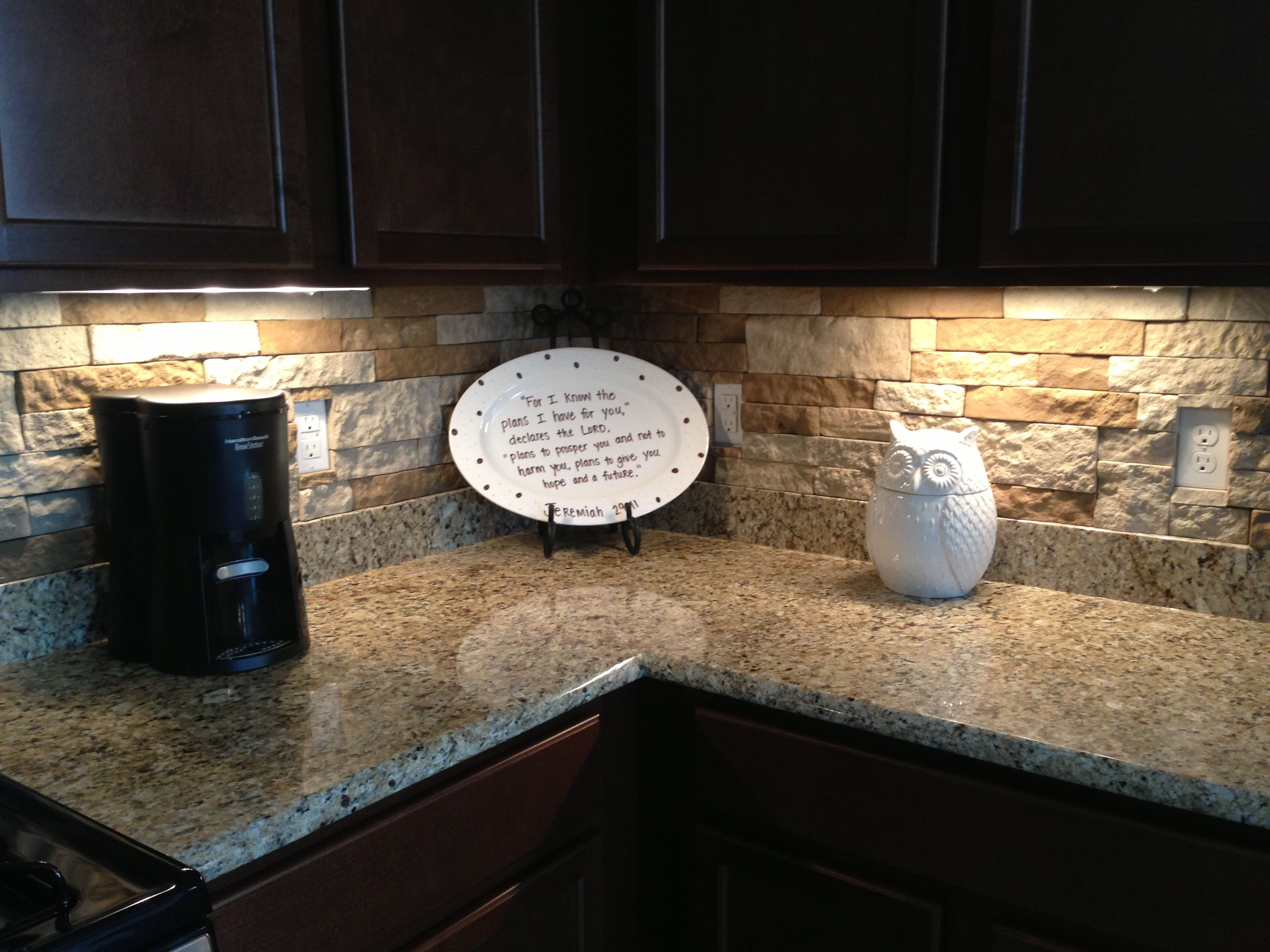 DIY Airstone backsplash! New find, back splash, outside foundation ...