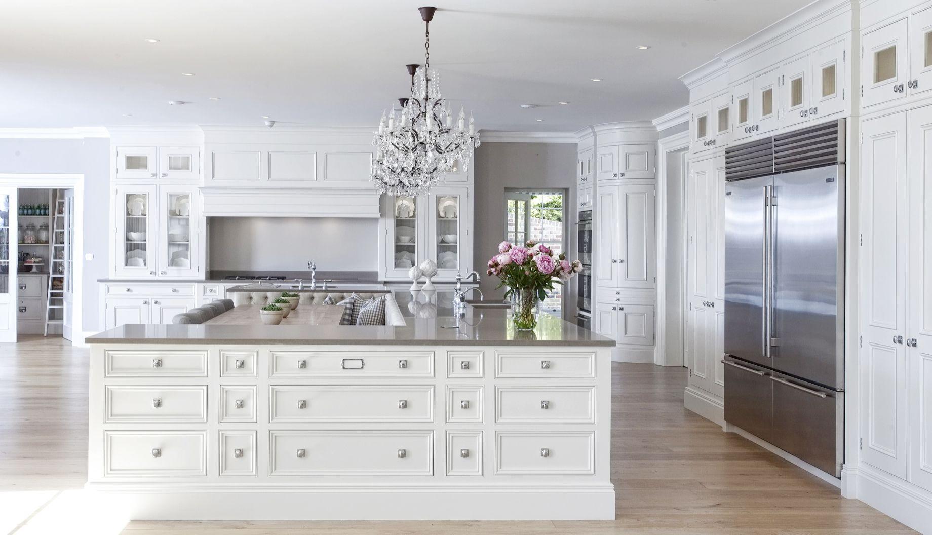 These Luxury Kitchens Will Make You Want To Cook All Day Luxury Kitchens Interior Design Kitchen Kitchen Design