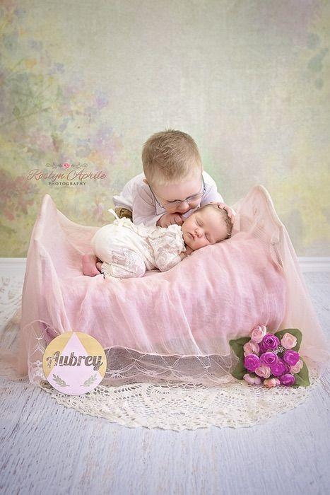 Baby aubrey and big brother kaiden penrith nsw newborn photographer inforoslynaprilephotography