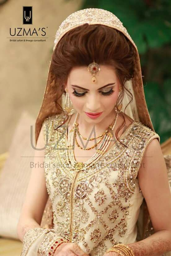 Pin By Aish Ch On Breath Taking Pakistani Brides Pakistani Bride Pakistani Bridal Bridal Couture