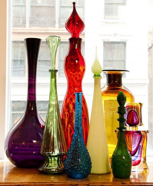 Colorful glass bottles home decor pinterest glass for Colored bottles for decorations