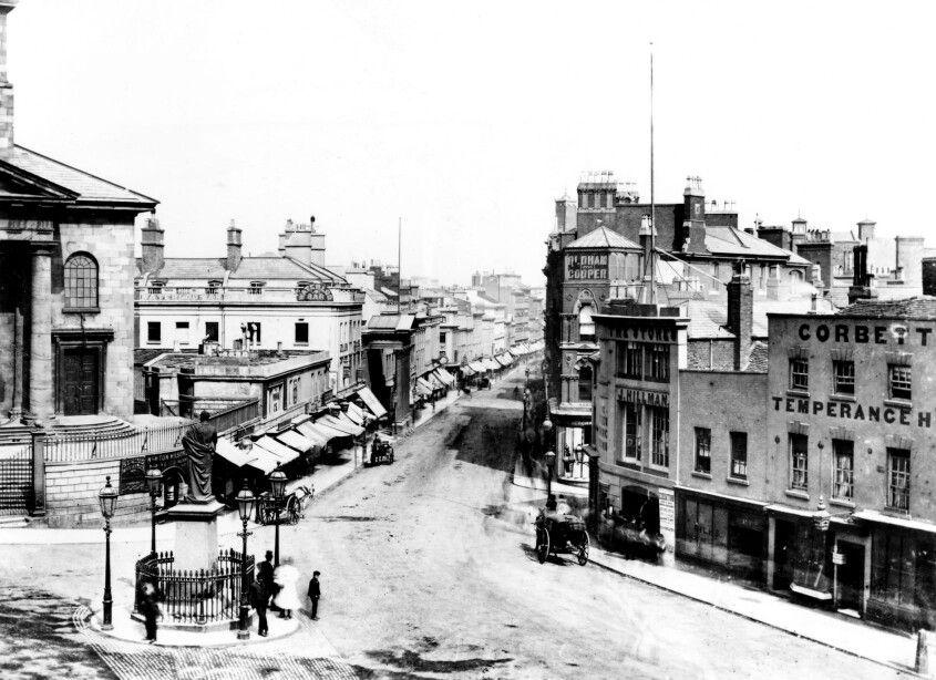 1875  Looking  down  New  Street