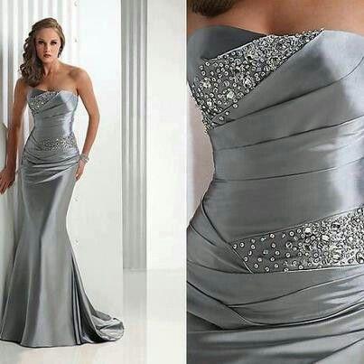 segundo vestido de novia palabra de honor gris con pedrería