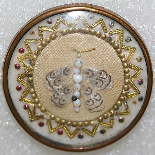1775 French glass, pearl, metal, silk button.