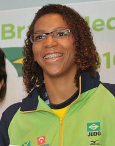 Rafaela Lopes Silva - Em agosto de 2013, tornou-se a primeira brasileira a se sagrar campeã Mundial de Judô.