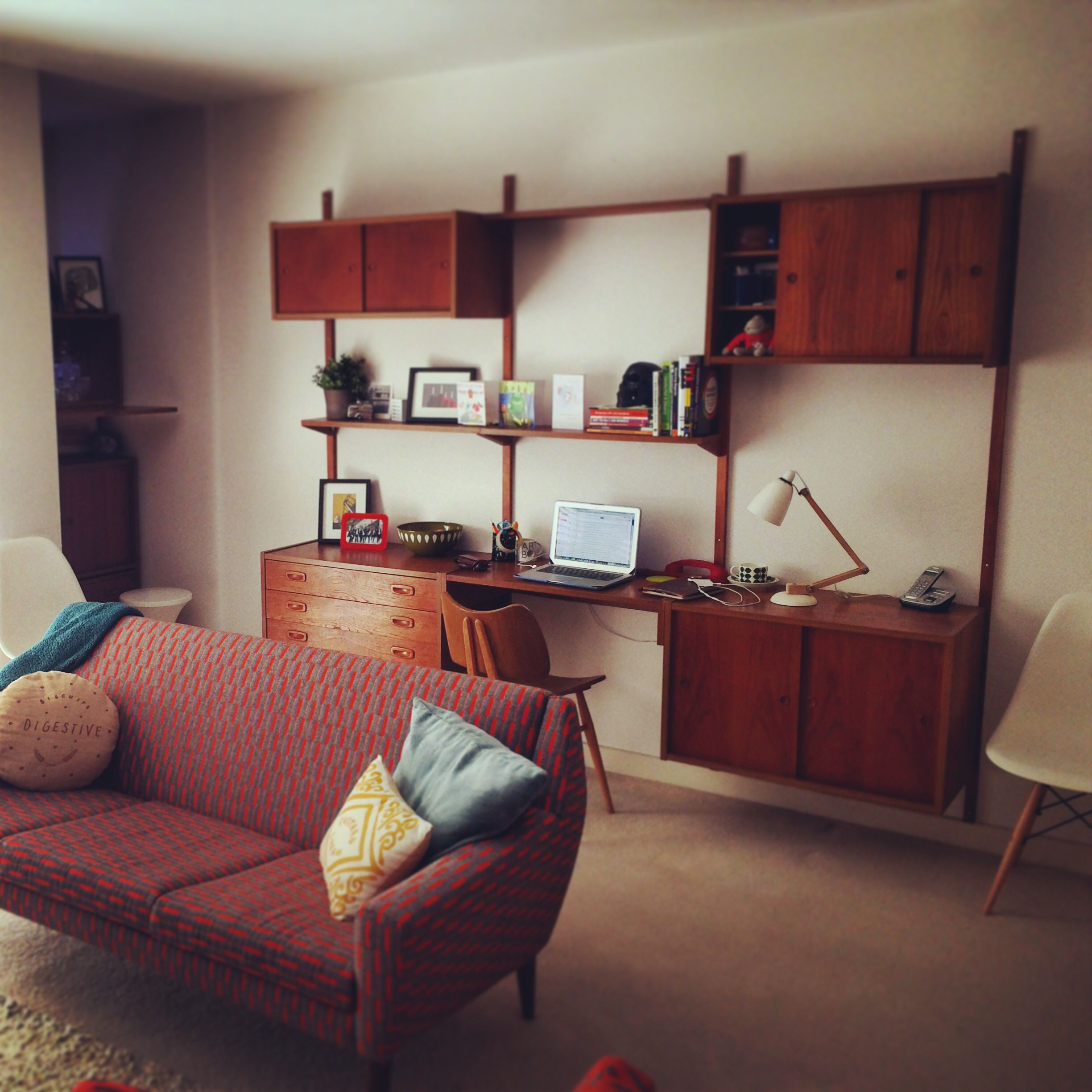 Butterfly chair original - Danish Ps System Wall Unit Eleanor Pritchard 60s Sofa Original Ercol Butterfly Chair