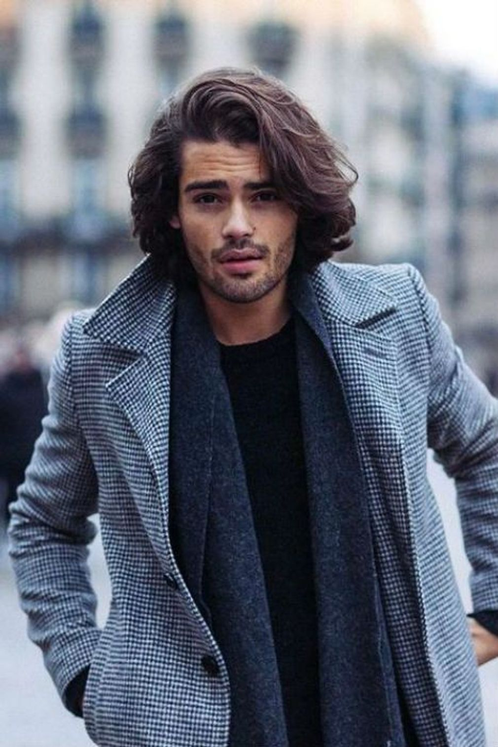 Coiffure homme 2019 | Coiffure homme long, Coupe homme cheveux long, Coiffure homme cheveux mi-longs