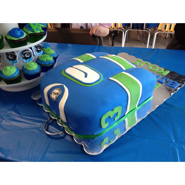 Vancouver Canucks Jersey Cake