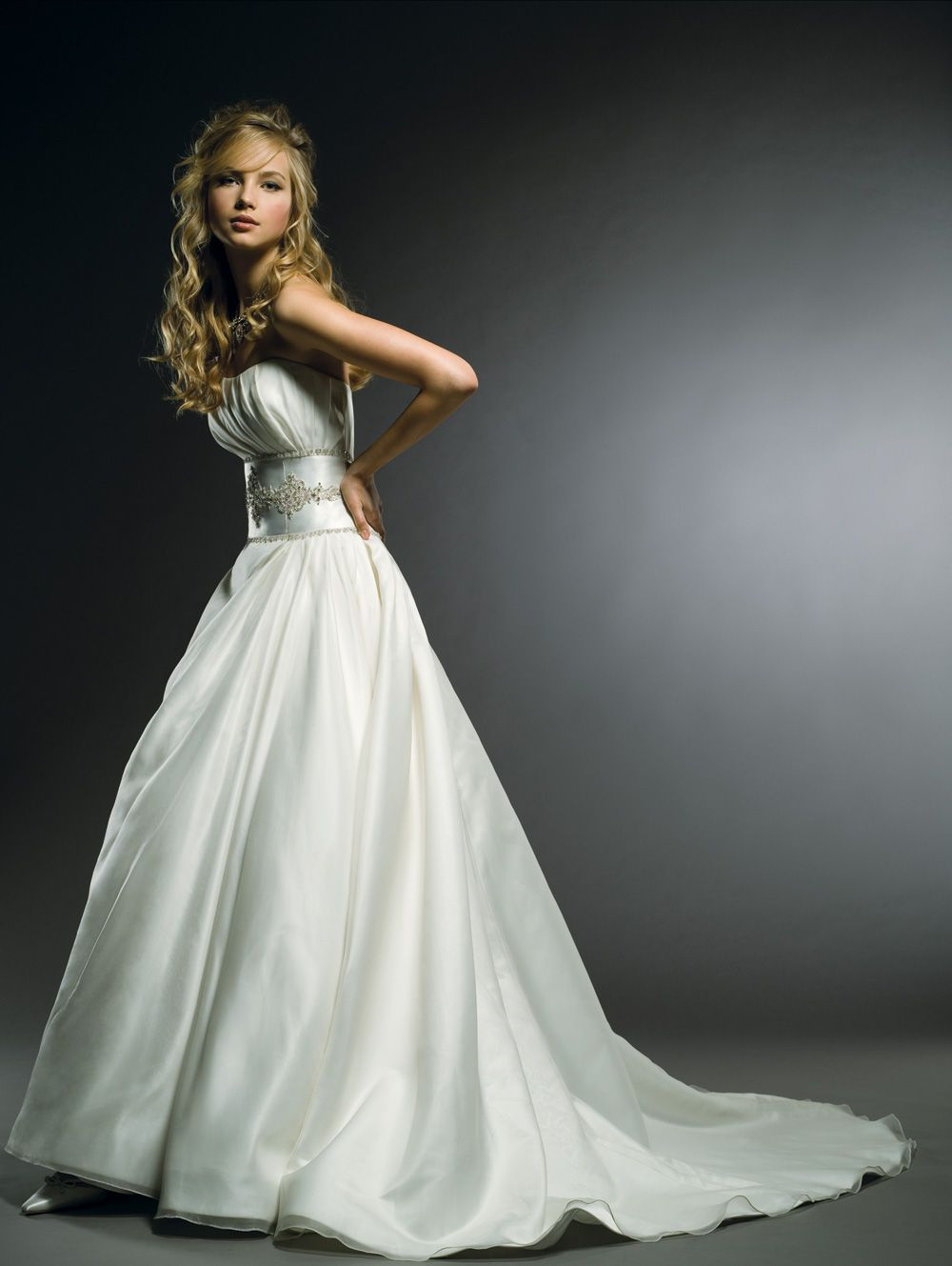 Styles of wedding dresses  From a few years ago but I still love it Henry Roth  Bridal Gowns