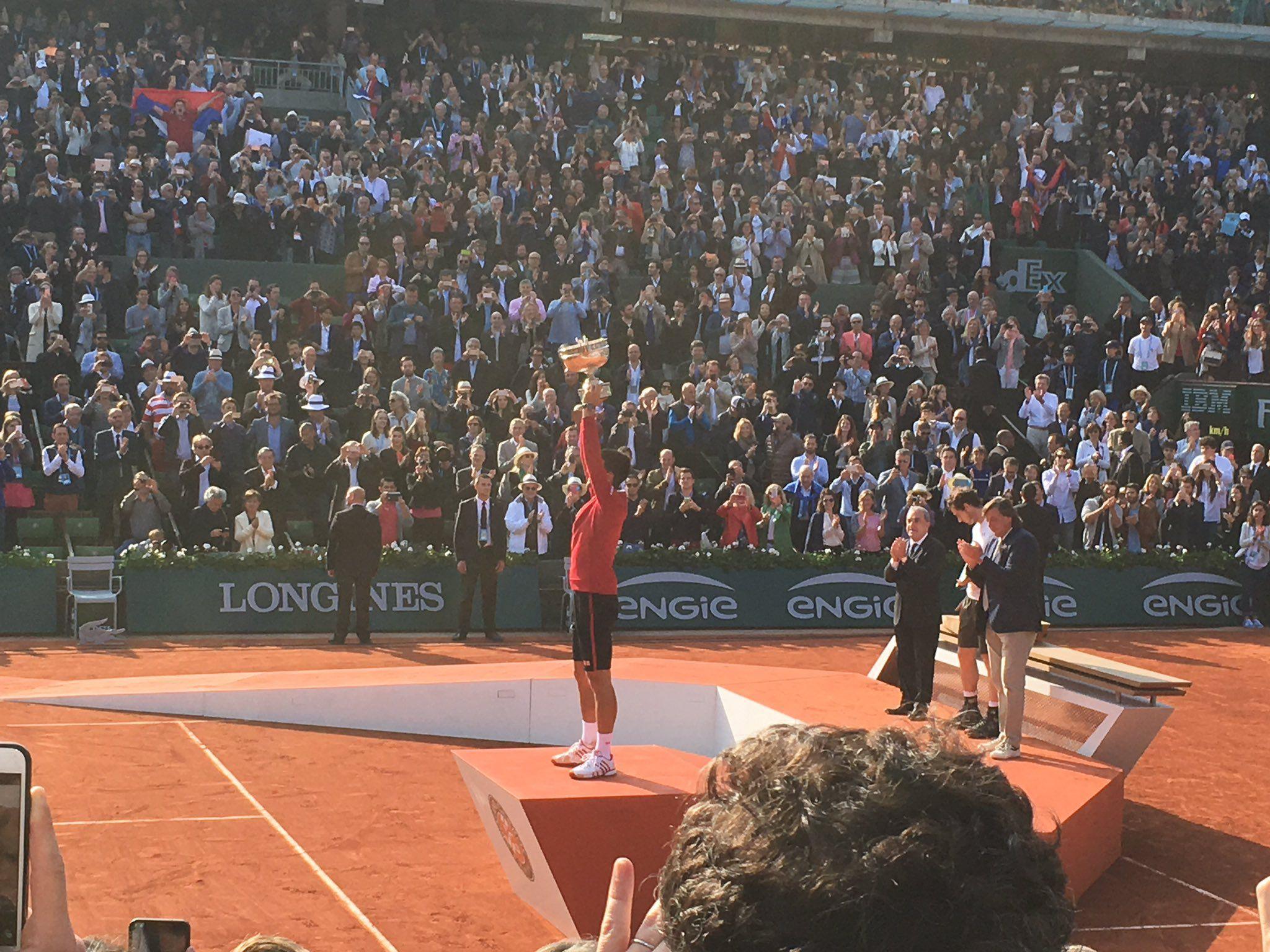 Djokovic première - Photos Djokovic première - Photos Roland Garros 2016 - Novak Remporte pour la première fois Roland Garros - 2016 - Serbie - Djokovic / Murray