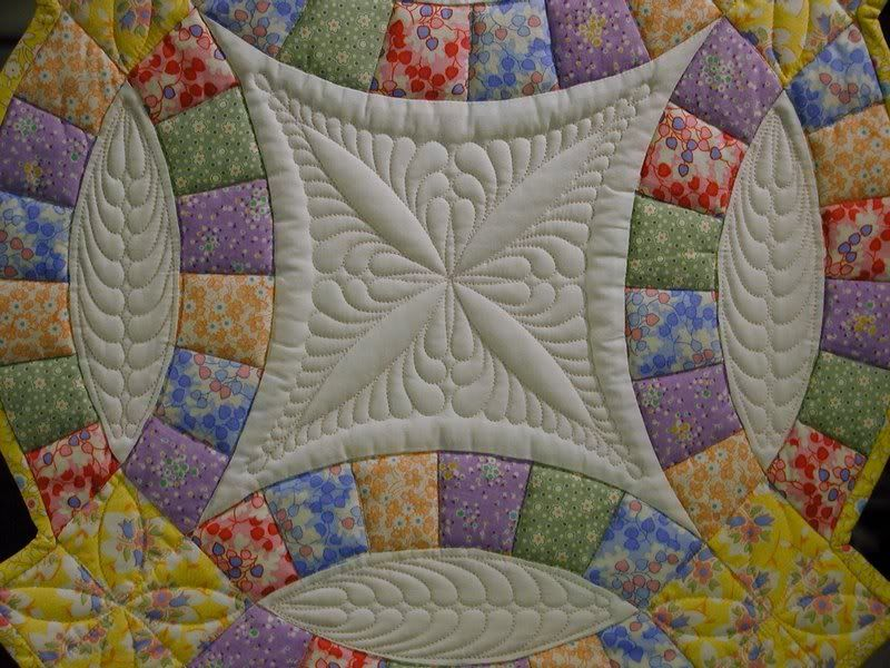 Double Wedding Ring Quilt Quilting design is great patchwork