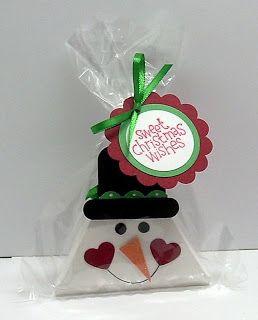 Beth-A-Palooza: Reindeer & Snowman Triangle Treat Boxes